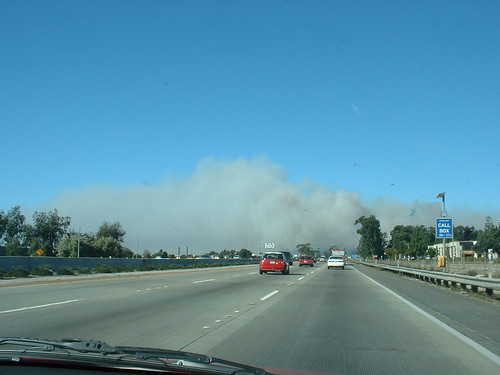 Ventura wildfire smoke over highway 101