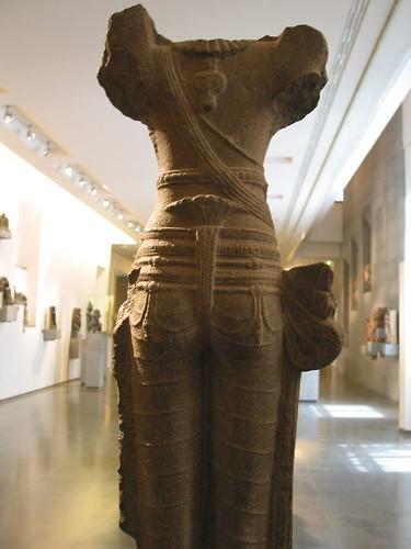 印度雕像背面
