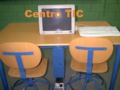 Mesa de un Centro TIC