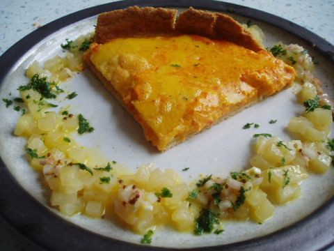 Mashed carrot tart with a kohlrabi, pine nut and coriander dressing