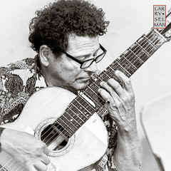 Guitar/Lute Master photo by selmanphotos