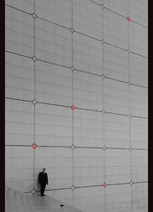 Puzzled in the La Grande Arche de La Défense (Paris) photo by Angelo Bosco