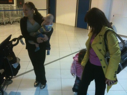 Moldovan family when entering the country (Airport)
