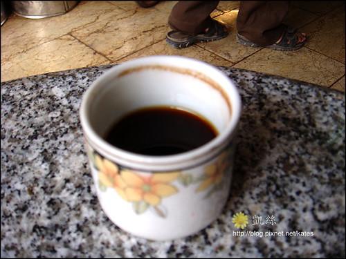 胡加達喝咖啡
