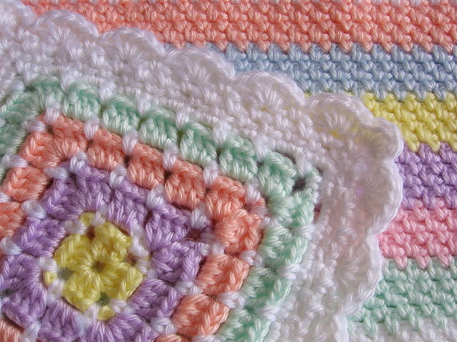 Crochet: crocheted edging for fleece baby blanket, baby hats
