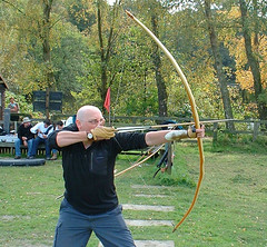 "War Bow 104lb at 32"" Pacific Yew photo by greenmanlongbows"