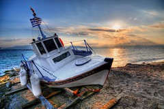 Greek sunset in Aegina (II) photo by 5ERG10