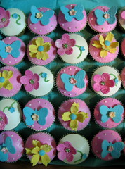 Chiara's cupcakes photo by kylie lambert (Le Cupcake)
