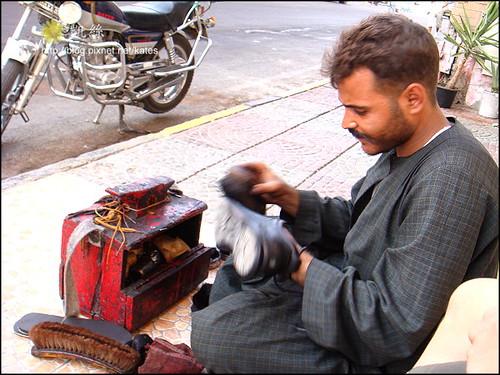 胡加達。埃及紅海邊小鎮。擦鞋