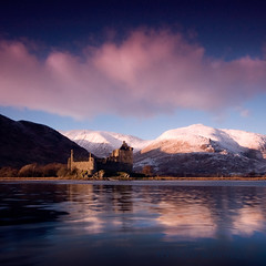 Kilchurn castle photo by Spencer Bowman