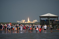 [134/365] STS-132: Atlantis Shuttle Launch photo by pea g.