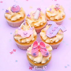 Baby Shower Cupcakes photo by ~Très Chic Cupcakes by ShamsD~