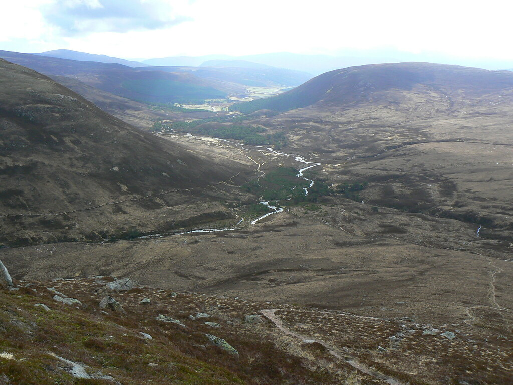 Looking down Glen Luibeg