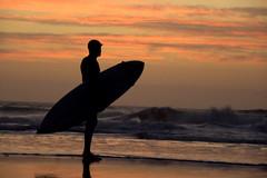 Surfer photo by oOcekaOo [Catchin' up]