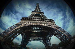TouR EiffeL photo by RominikaH