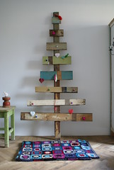 wood & wool x-mas tree photo by wood & wool stool