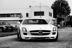 Mercedes SLS AMG. photo by RobbertK