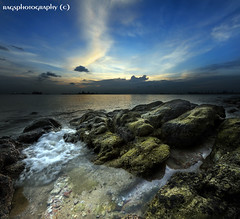 Tidal Pool at Sentosa. Where's the Ghost ;-) photo by Ragstatic