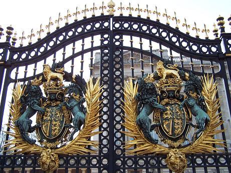 Queen's door