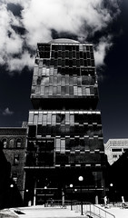 University of Toronto - Reflective Building