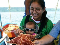Perla and Daniela with a Seastar