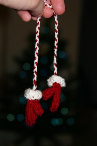 mini mitten ornaments