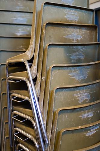 Oude stapelstoelen