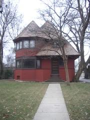 013 robert parker house at 1019 chicago av