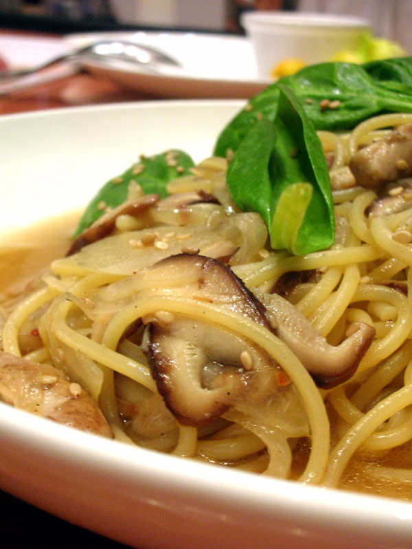 pietro's spinach mushroom sesame spaghetti