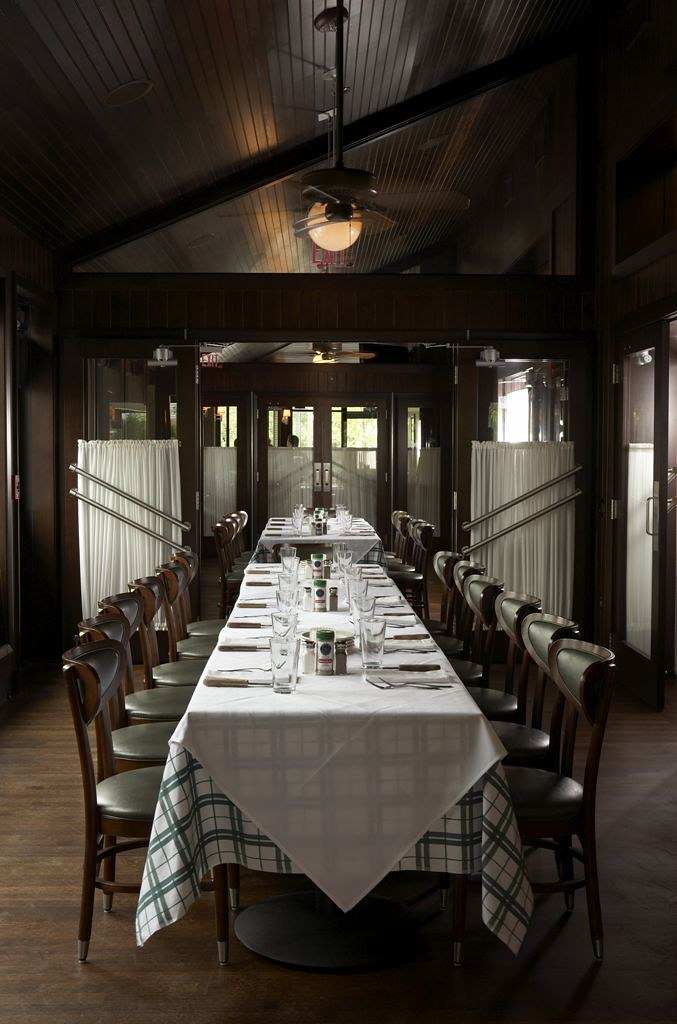 Oak brook private dining gibsons bar steakhouse for Best private dining rooms in chicago 2016