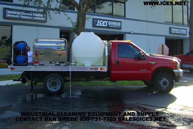 Carl's Inc Landa Water Cleaning Systems Idaho Falls, corporate profile and product articles.