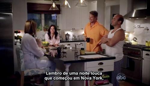 Cougar-Town-1x02-Jules-Ellie-adan-bobby-kitchen
