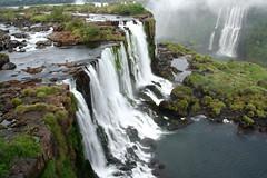Cascada. Iguazu photo by f molina