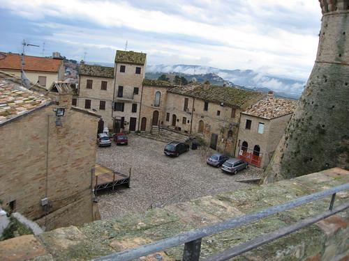 Il borgo dalla fortezza