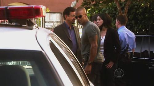 Criminal-Minds-5x01-morgan-rossi-prentiss