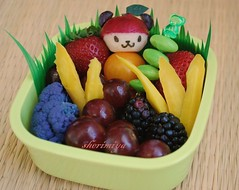 Pandapple snack bento for TinySprite photo by sherimiya ♥