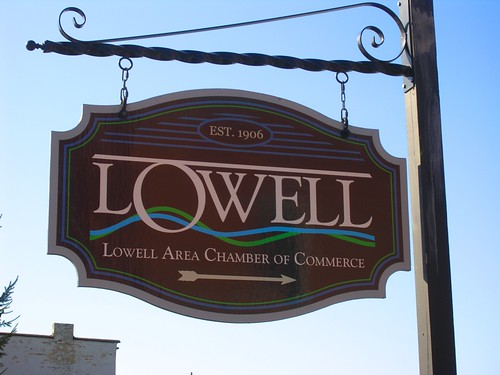 Lowell MI Chamber of Commerce sign