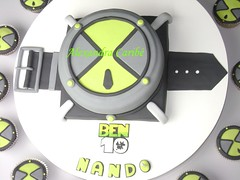 Bolo Ominitrix Relógio do Ben 10 - Ben 10 omnitrix cake photo by Alexandra Bolos Artísticos