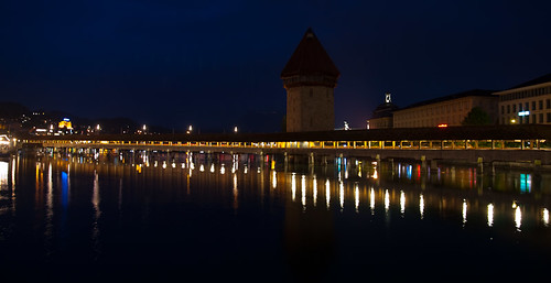 Luzern Kapellbrücke by night