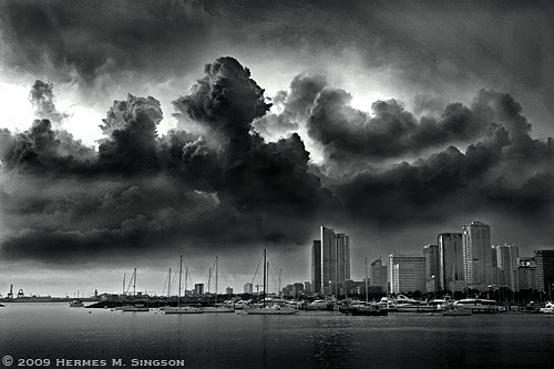 Manila Bay photo by Hermes Singson