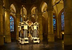 The Grave of William I, Prince of Orange (24-04-1533— 10-07-1584) photo by Ferdi's - World