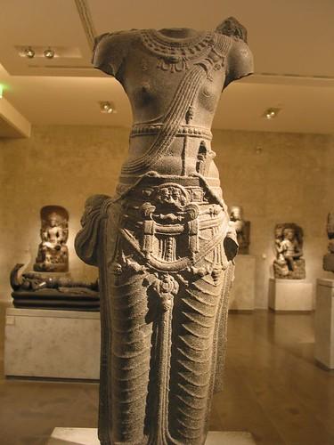 印度雕像正面