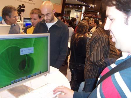 Juan Jaen y un Mac