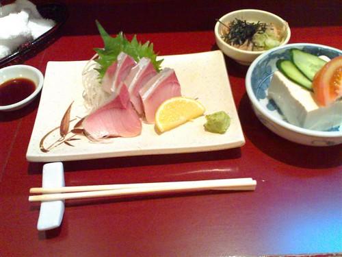 Hamachi Sashimi and Hiyayakko