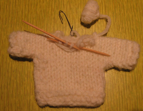 knit_sweater