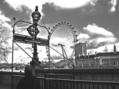 Fotopostal Westminster Station / London Eye