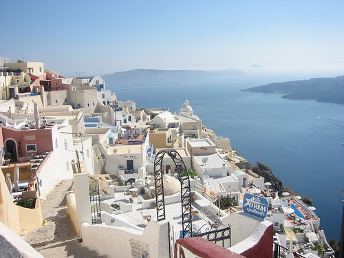 View of Fira on the way to the hotel