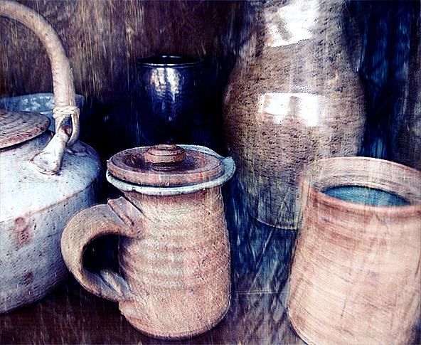 Stil life:pots