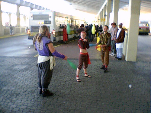 Jugglers at the bus terminal