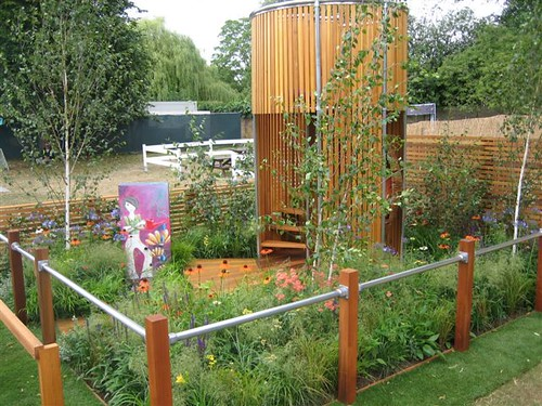 Teenage Garden Sacntuary made with Kee Klamp Fittings